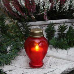 Batteridrivet gravljus röd med hjärtform