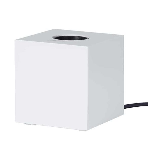 KUB Bordslampa lampfot vit i trä E27 sockel