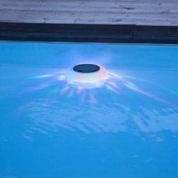 Flytande poolbelysning LED Solcellsdriven