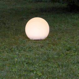 Solcellsdriven dekorationsboll stående 25cm